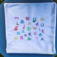 Housse de coussin polaire Alphabet